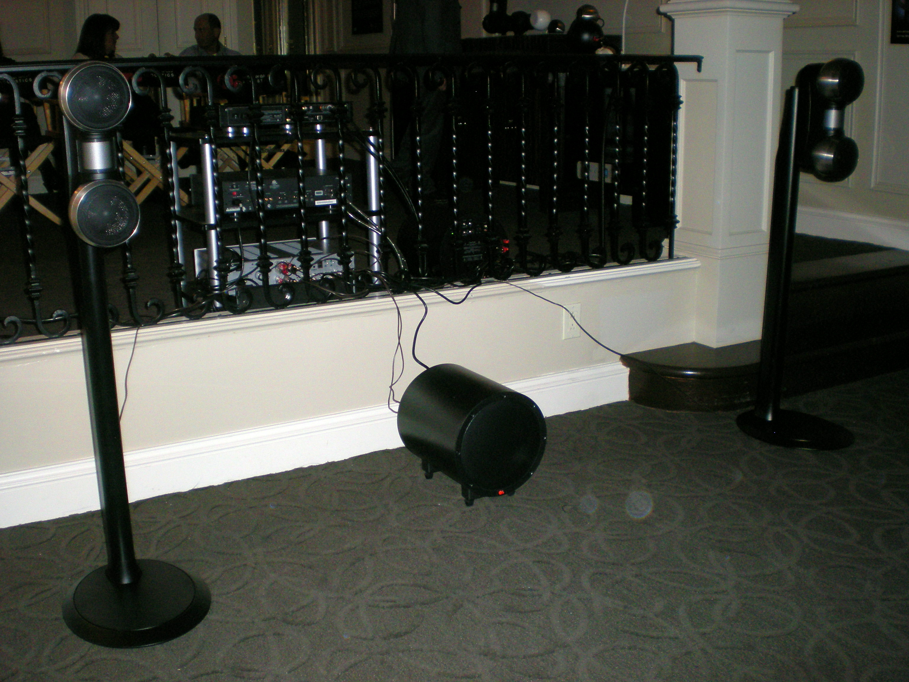 GALLO STRADAS and TR-3 subwoofer